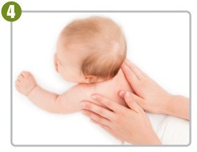 Natural-Oil-Baby-Massage-Step4